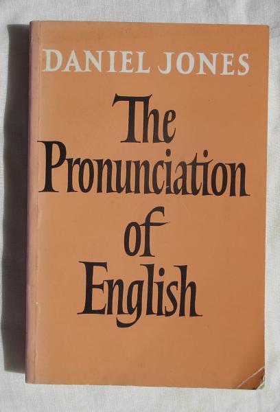 (英文) THE PRONUNCIATION OF ENGLISH DEFINITIVVE EDITION (This is the  ervisedand enlarged fourth edtion (1956) incorporating correction made in