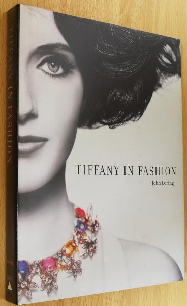 sneakers for cheap 79030 7853b 英語洋書 Tiffany in fashion 【ティファニー・イン ...